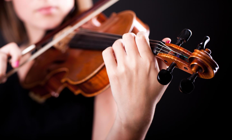 woman-with-violin.jpg