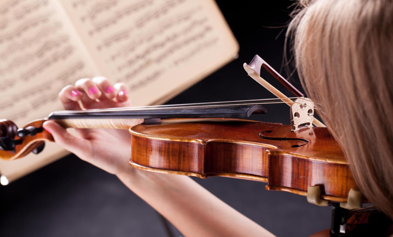 woman-with-violin (1).jpg